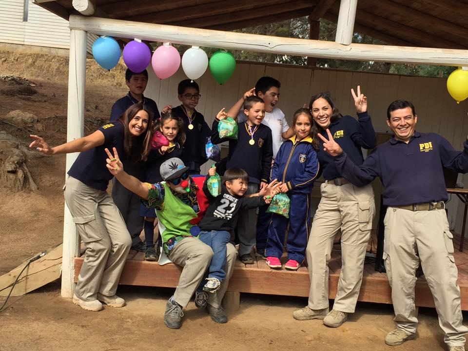 Entretenida jornada con Personal de la PDI en la escuela José Santos Aliaga de Los Sauce